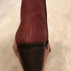 Lucky Brand Shoes - Lucky Brand Size 7 Maroon Booties
